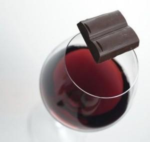vinho-do-porto-e-chocolate_rep