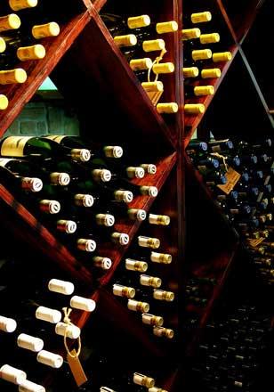 Há uma grande variedade de vinhos oferecidos em lojas online