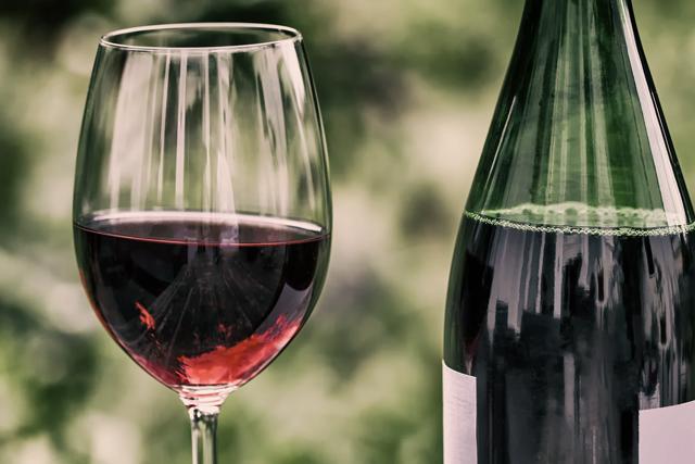 Resultado de imagem para vinho